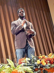Che Rhymefest Smith speaks at youth summit