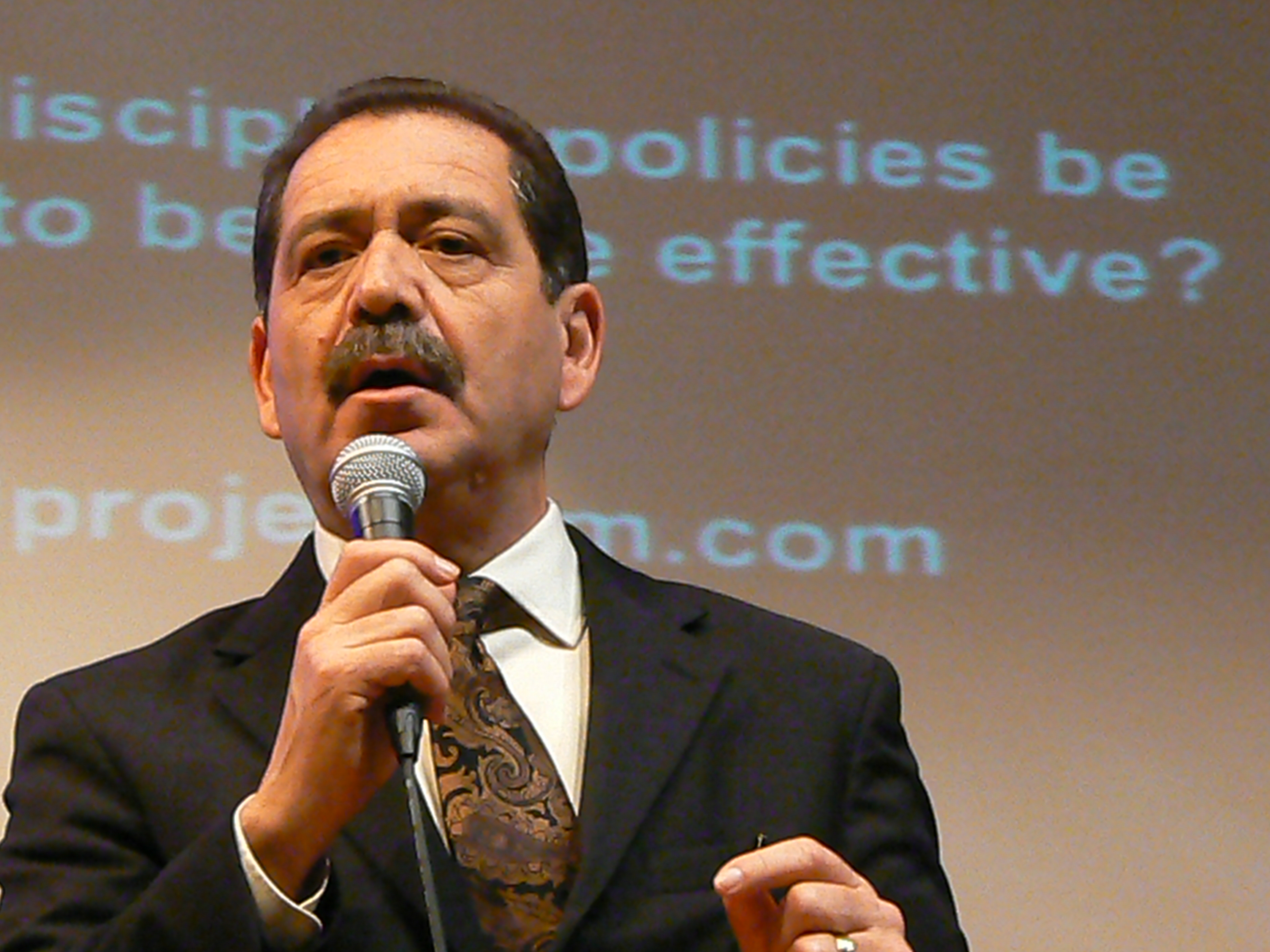 Mayoral candidate Chuy Garcia